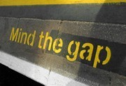 Mind the gap. Foto: YAY Micro